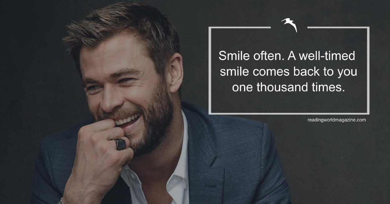 An image of Chris Hemsworth smiling, suggesting that comfort, fun, and smiling lead to success.